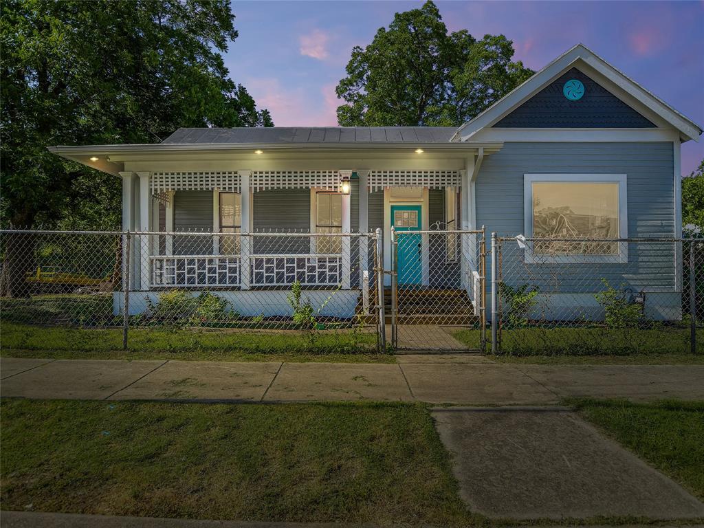 816 Wyoming Street Property Photo - San Antonio, TX real estate listing