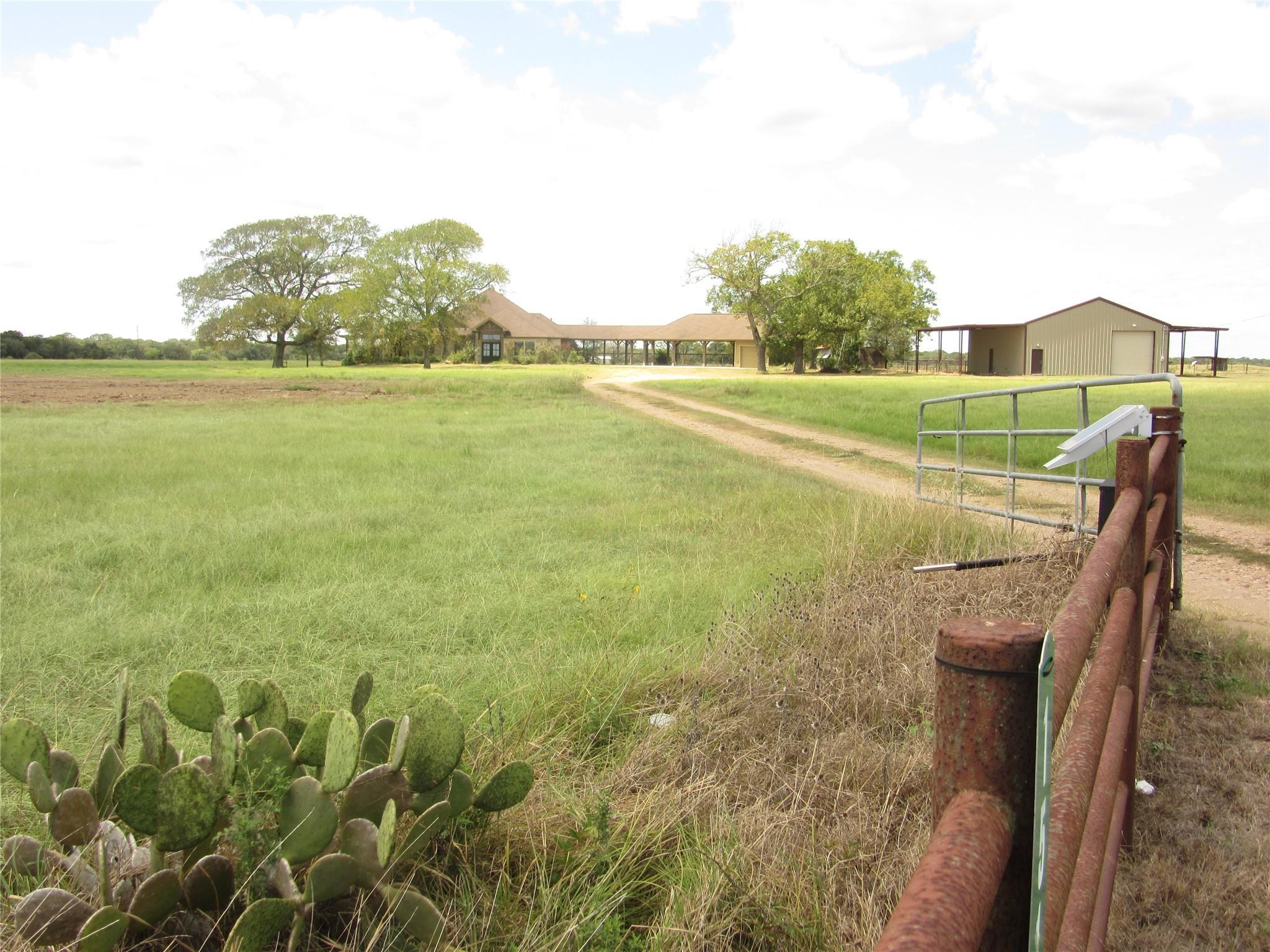 1514 Cr 103 Property Photo
