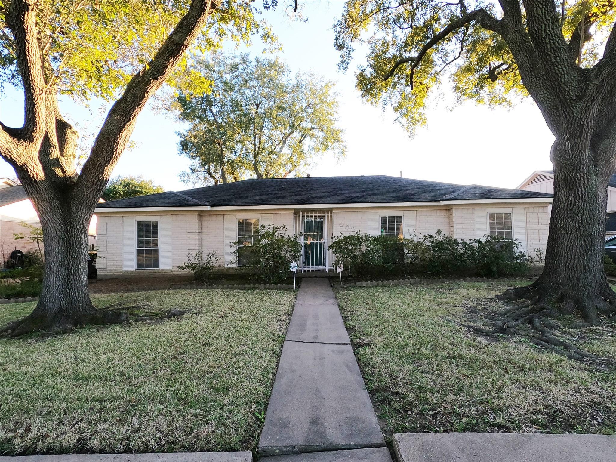 9023 N Sandstone Street N Property Photo - Houston, TX real estate listing