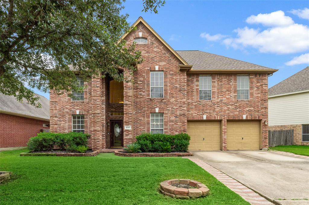 4330 Tree Line Drive Property Photo - Pasadena, TX real estate listing
