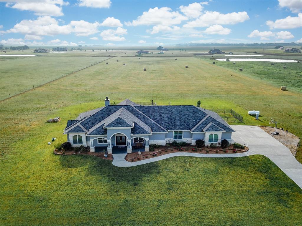 231 Mustang Ridge Road, El Campo, TX 77437 - El Campo, TX real estate listing