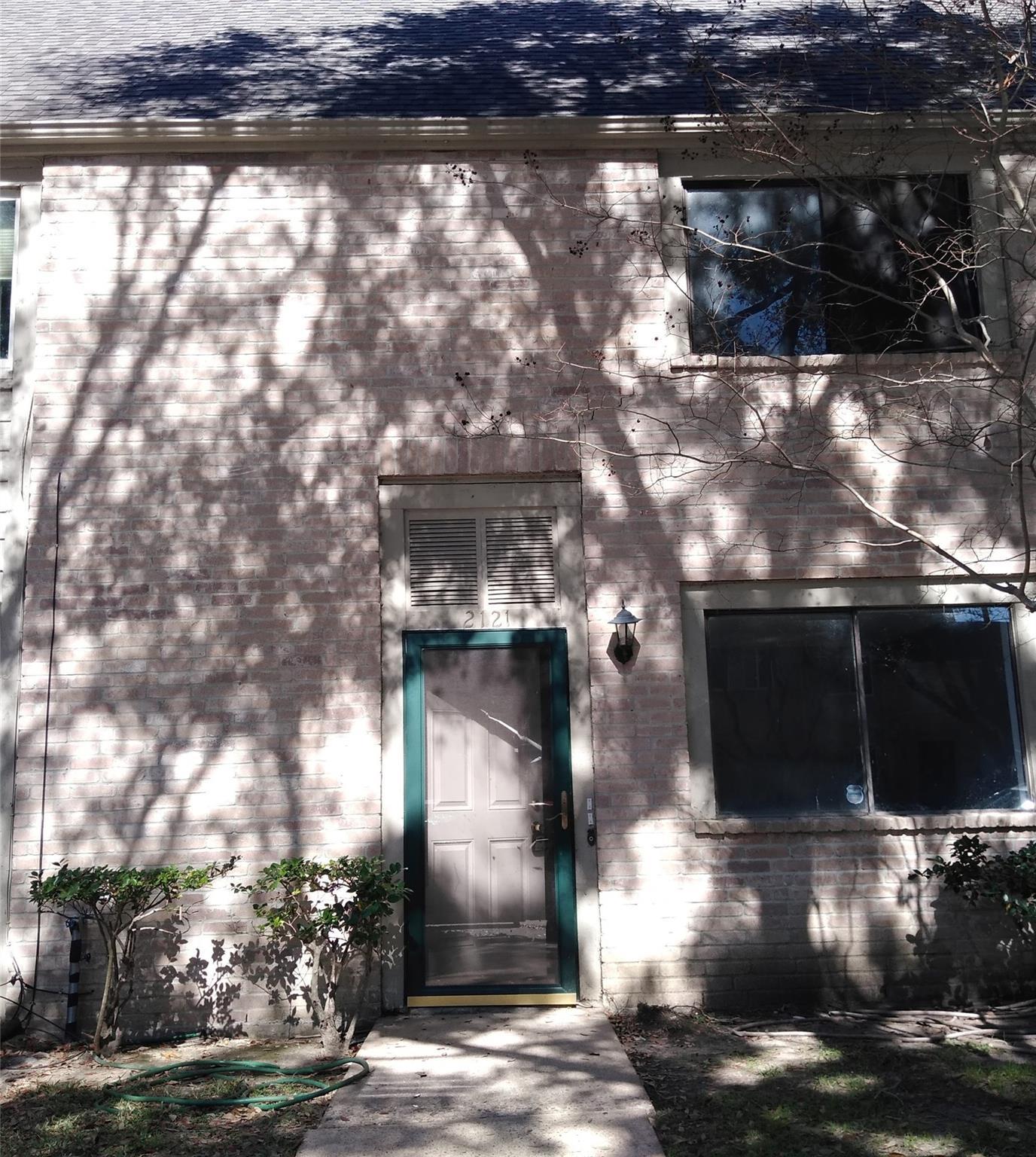 2121 Hazlitt Drive Property Photo
