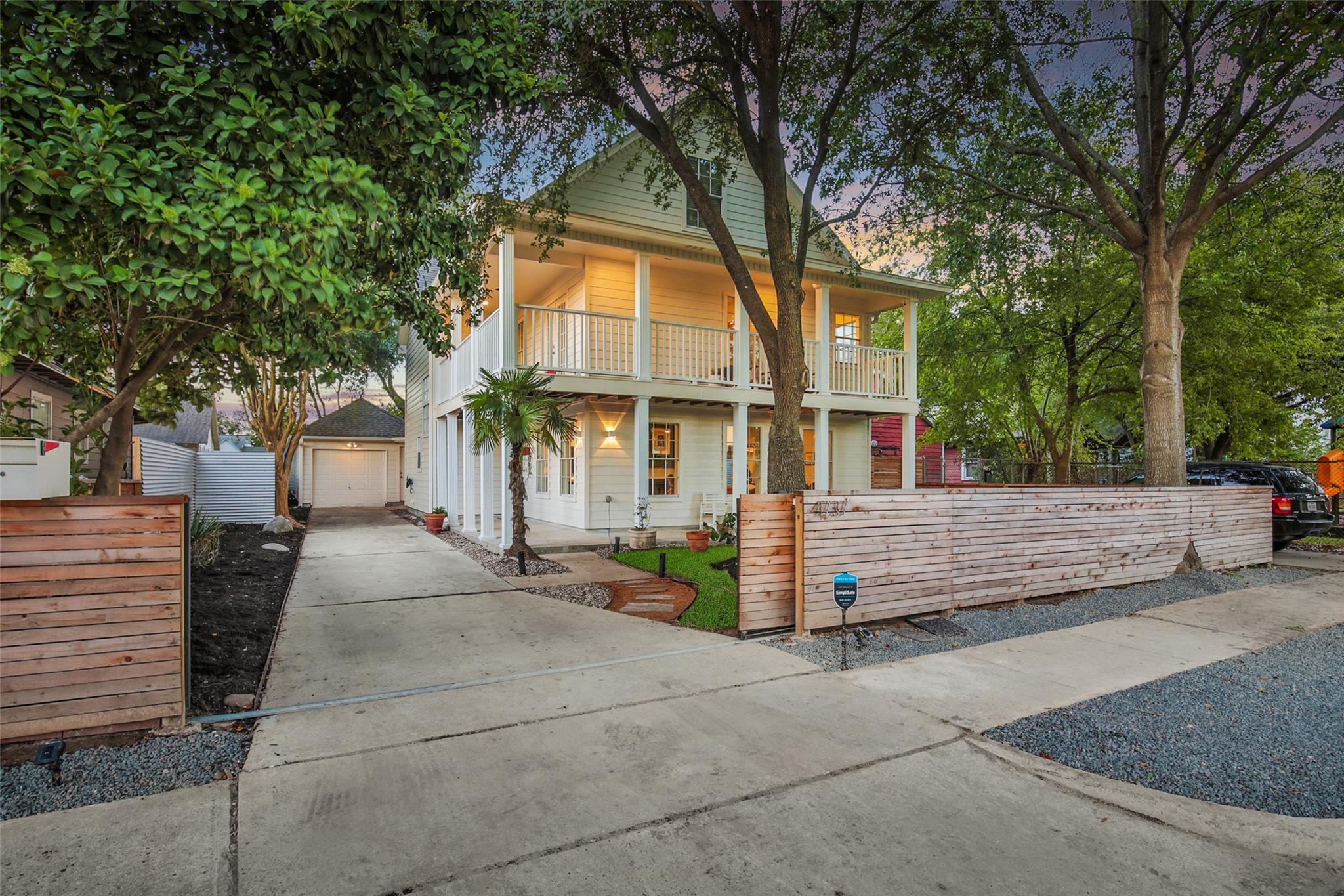 4737 Buck Street Property Photo - Houston, TX real estate listing
