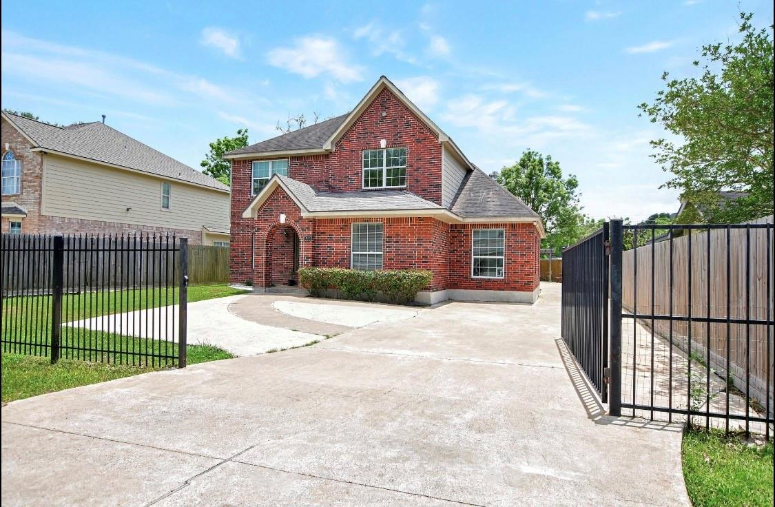 8414 Tavenor Lane Property Photo