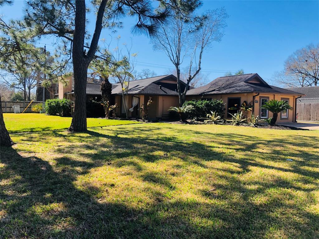 730 Bayview Drive, El Lago, TX 77586 - El Lago, TX real estate listing
