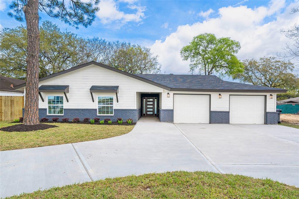 4030 N Braeswood Boulevard Property Photo
