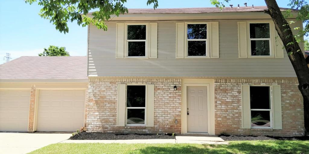 11031 Wood Shadows Drive Property Photo - Houston, TX real estate listing