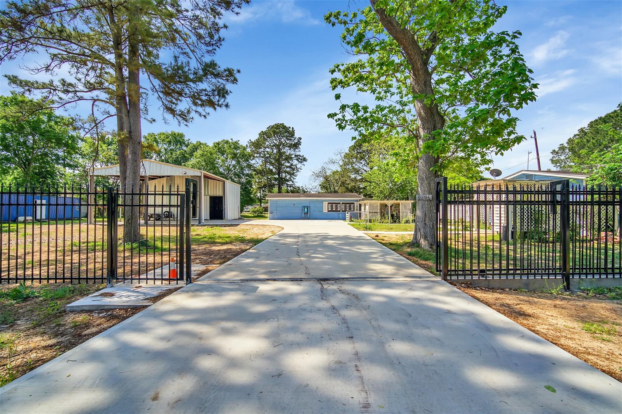 6206 Wenlock Drive Property Photo