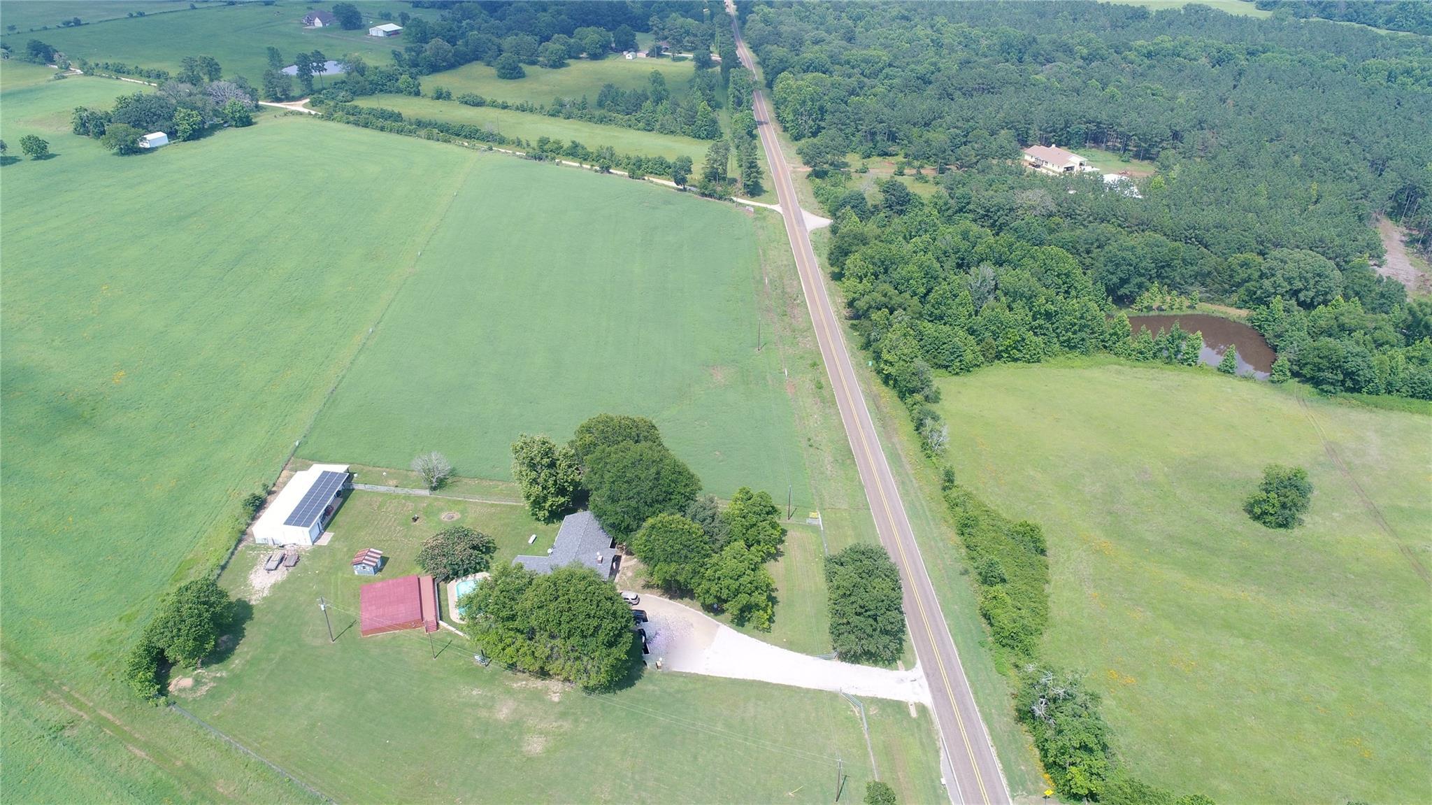 9041 Fm 228 Property Photo