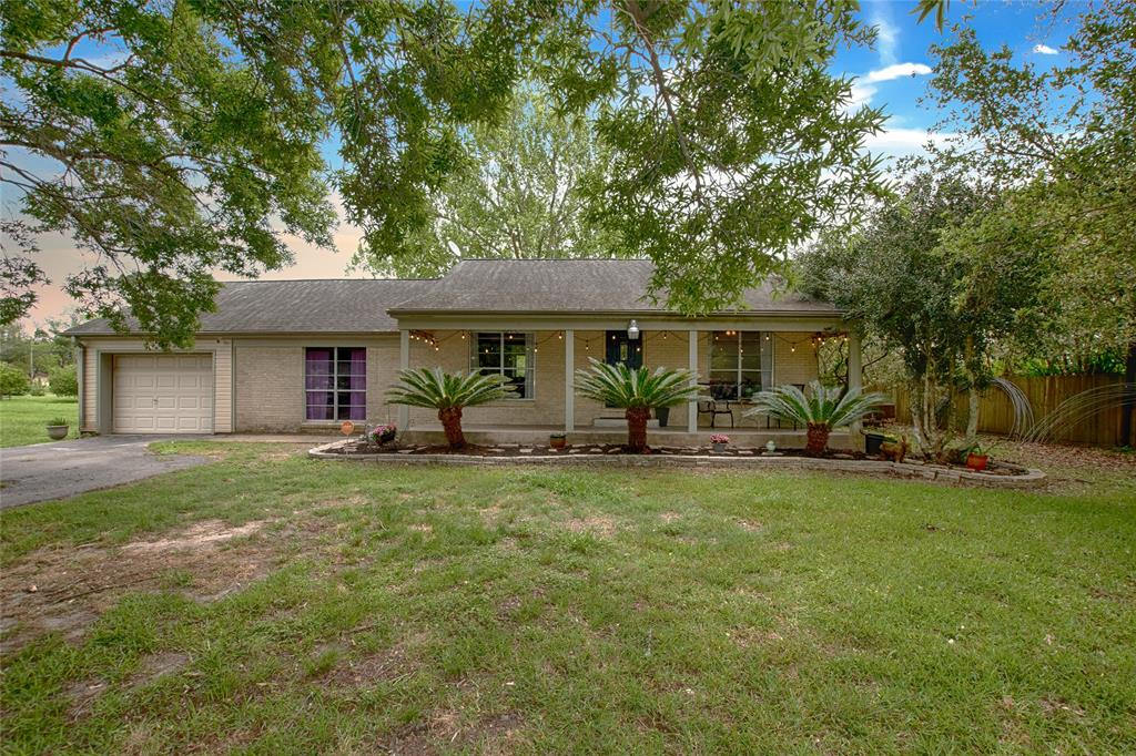 2319 Westward Avenue Property Photo - La Marque, TX real estate listing