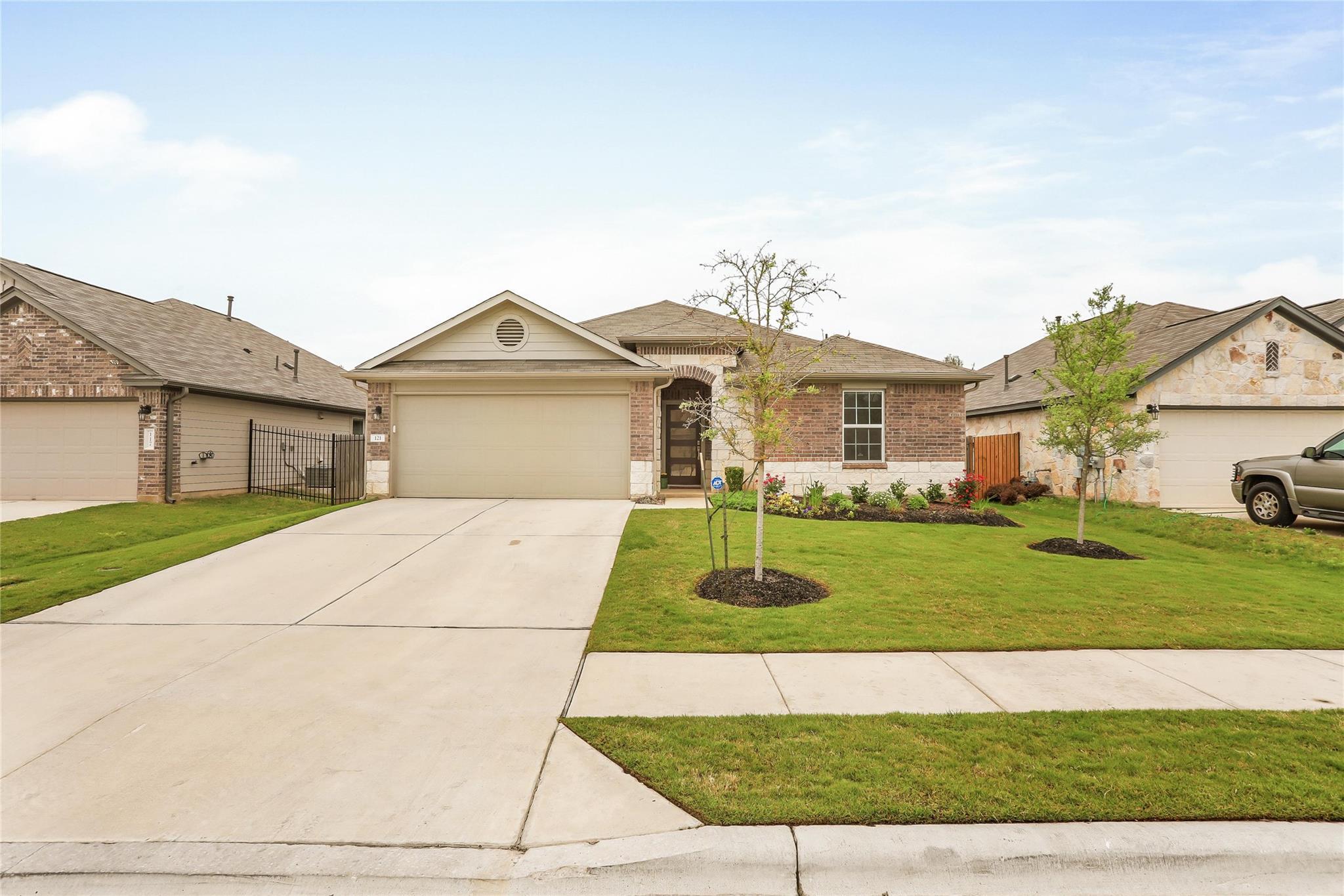 Leander Real Estate Listings Main Image
