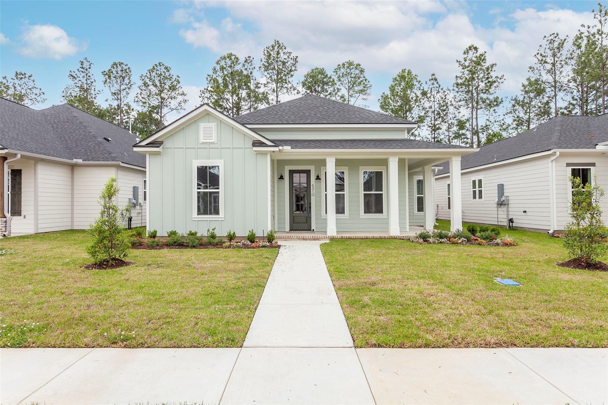6310 Pine Ridge Lane Property Photo