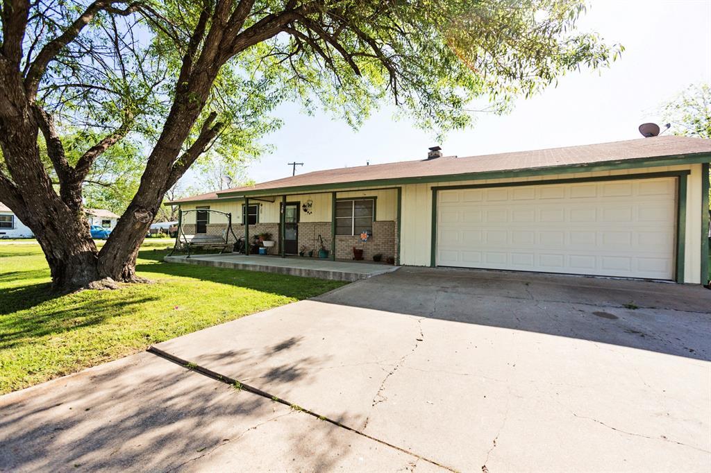 401 Joe Lee Street, Rogers, TX 76569 - Rogers, TX real estate listing