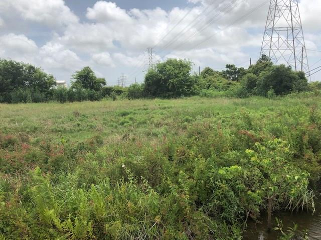 2105 Frontage Road Property Photo