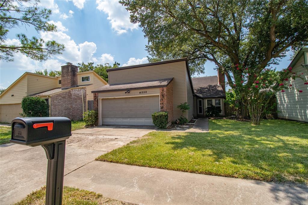 4250 Willow Beach Drive Property Photo - Houston, TX real estate listing