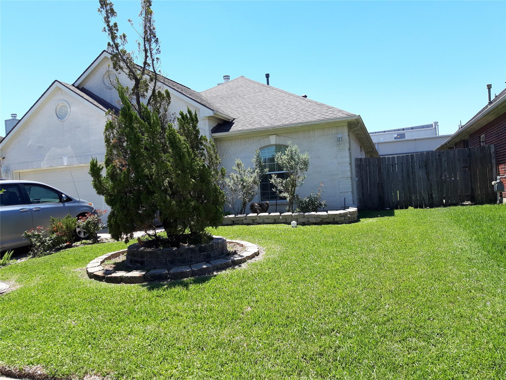 13623 Eldridge Valley Drive Property Photo 1