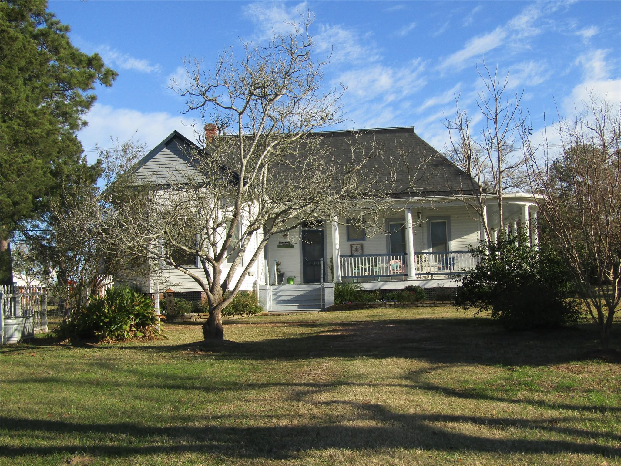 213 N Granville Street Property Photo
