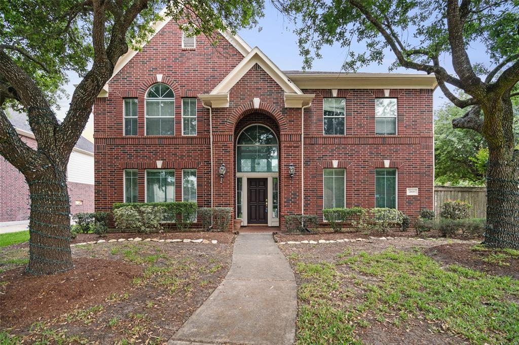 2618 Mandalay Court Property Photo - Pearland, TX real estate listing