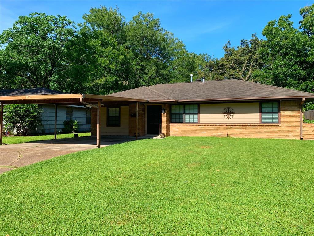 1329 Serpentine Drive Property Photo - Houston, TX real estate listing