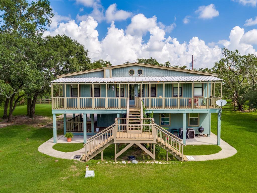 1746 Haynes, Anahuac, TX 77514 - Anahuac, TX real estate listing