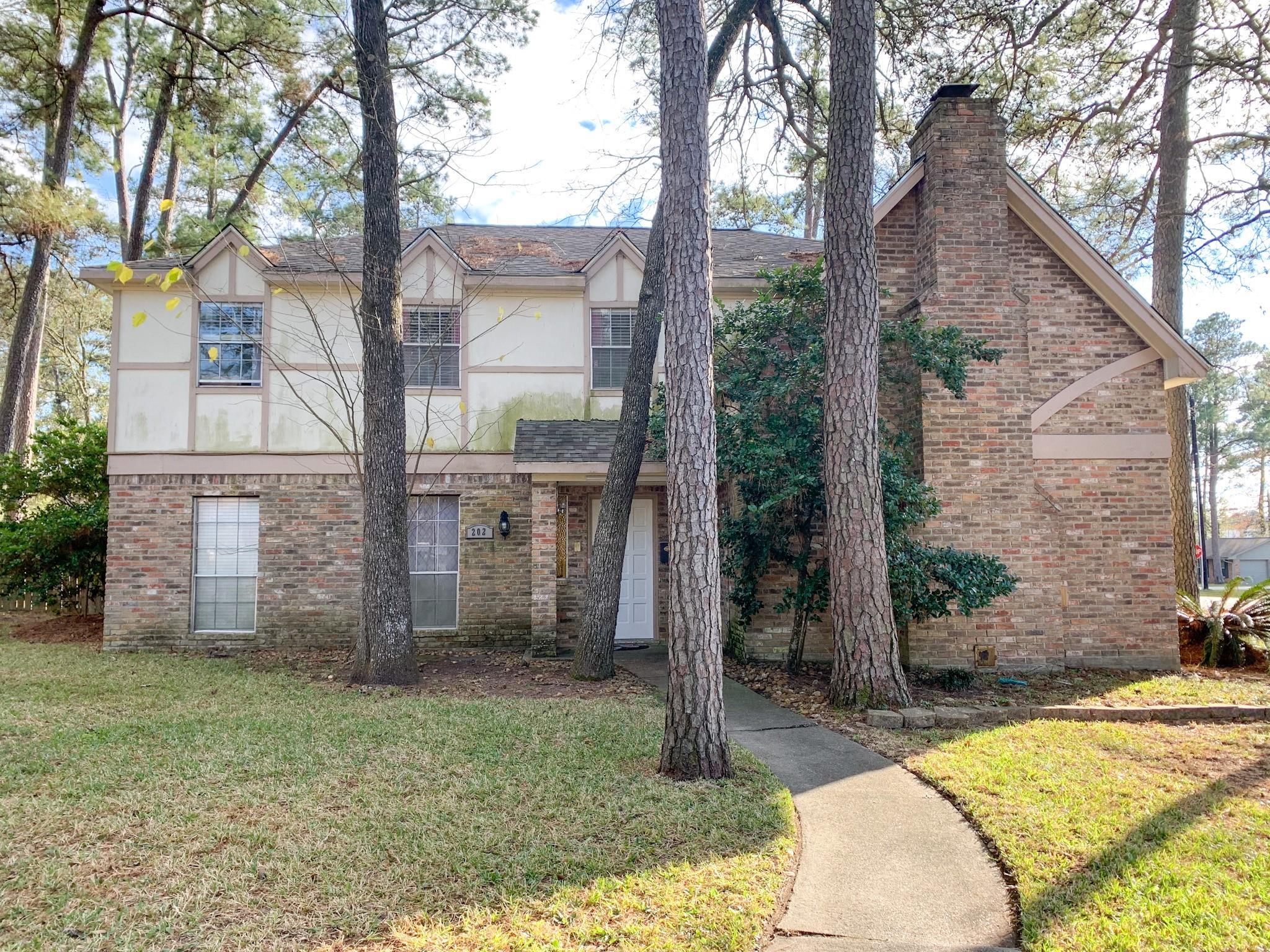 202 Castlewood Drive Property Photo