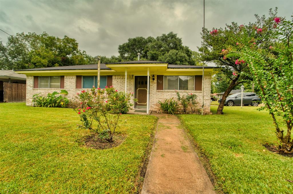 302 N Durant Street, Alvin, TX 77511 - Alvin, TX real estate listing