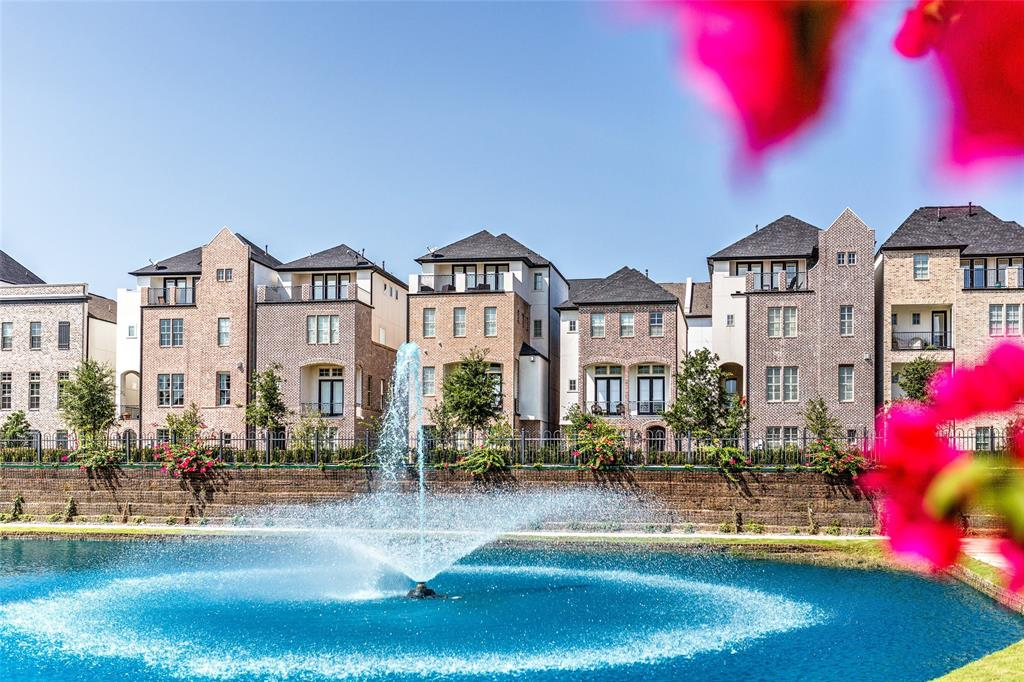 9657 Kings Cross Station Property Photo - Houston, TX real estate listing