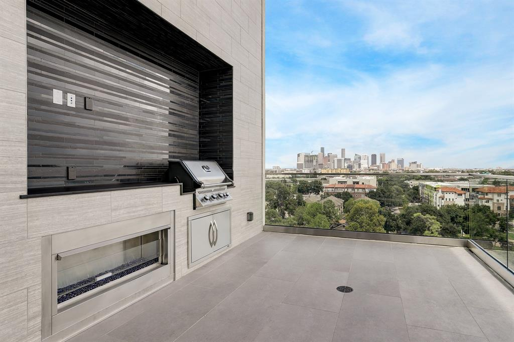 77004 Real Estate Listings Main Image