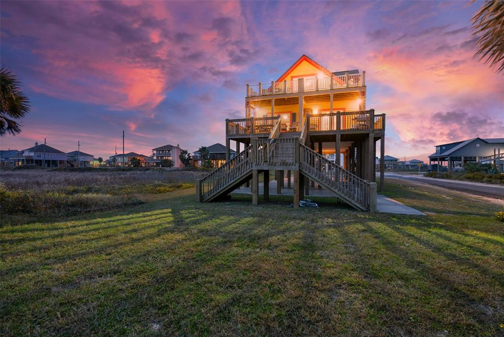 801 West Lane Property Photo - Crystal Beach, TX real estate listing