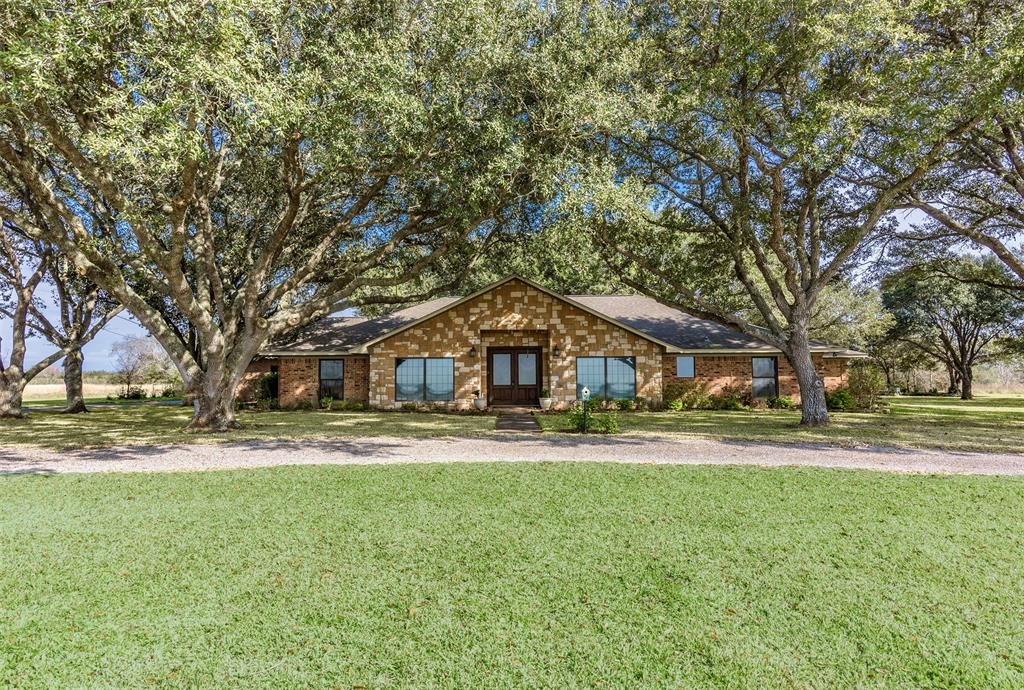 8948 State Highway 71 Property Photo - El Campo, TX real estate listing