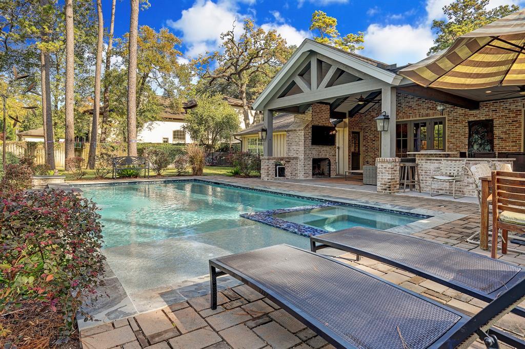 327 Chapel Belle Lane, Bunker Hill Village, TX 77024 - Bunker Hill Village, TX real estate listing