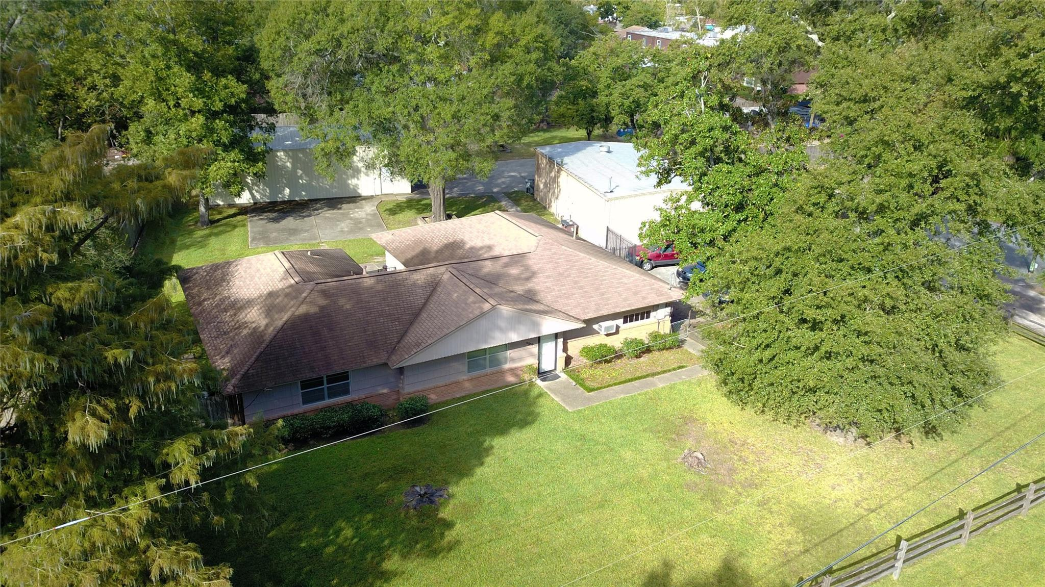 2009 Bauer Drive Property Photo - Houston, TX real estate listing