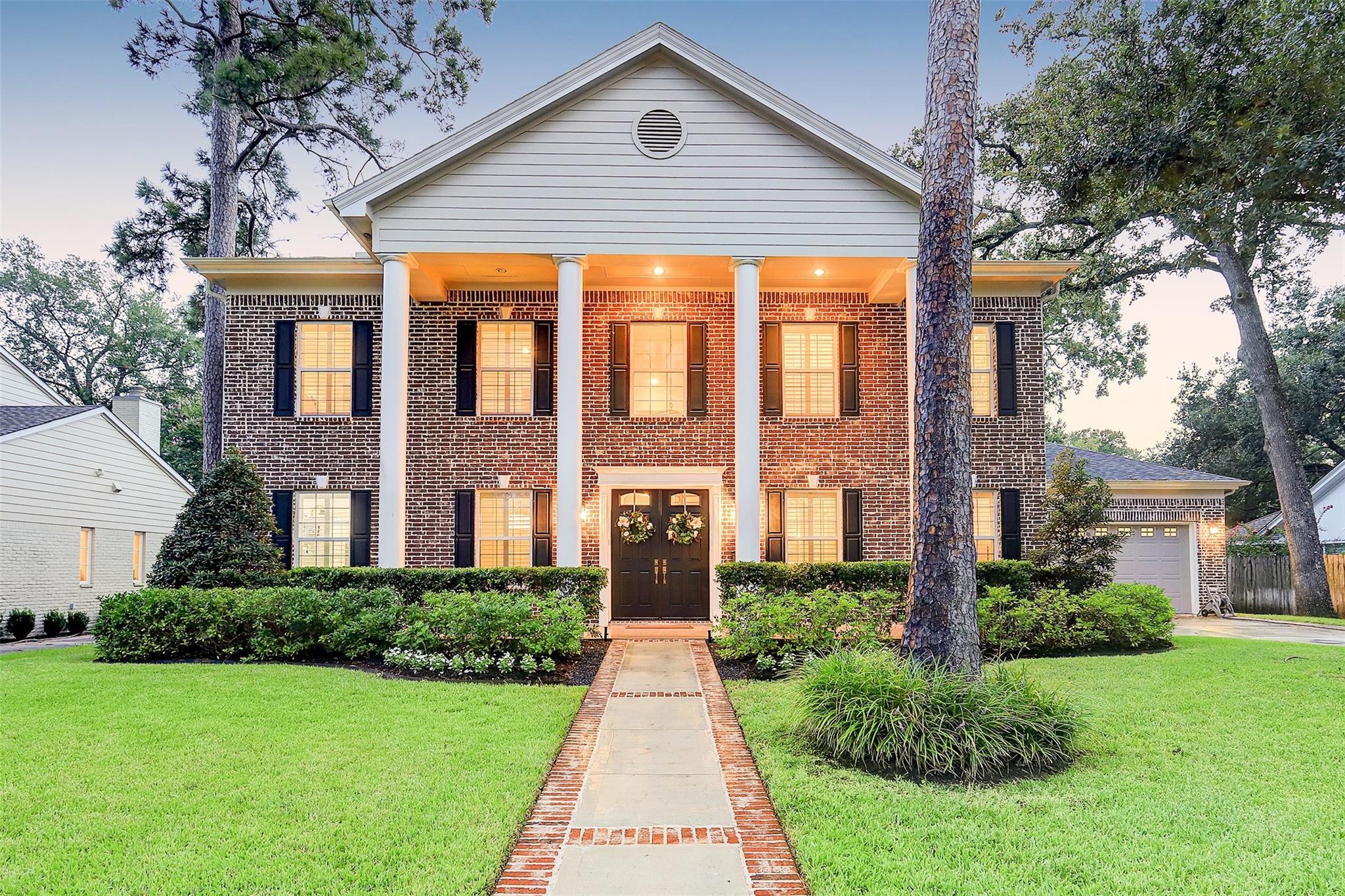 13511 Apple Tree Road Property Photo - Houston, TX real estate listing