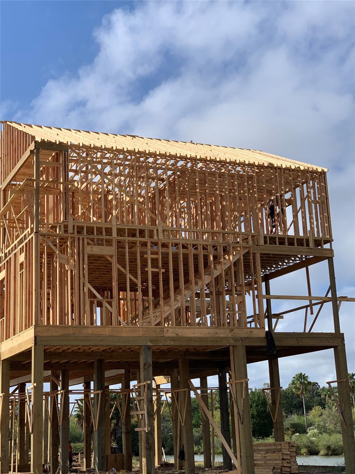 Taylor Lake Village Real Estate Listings Main Image