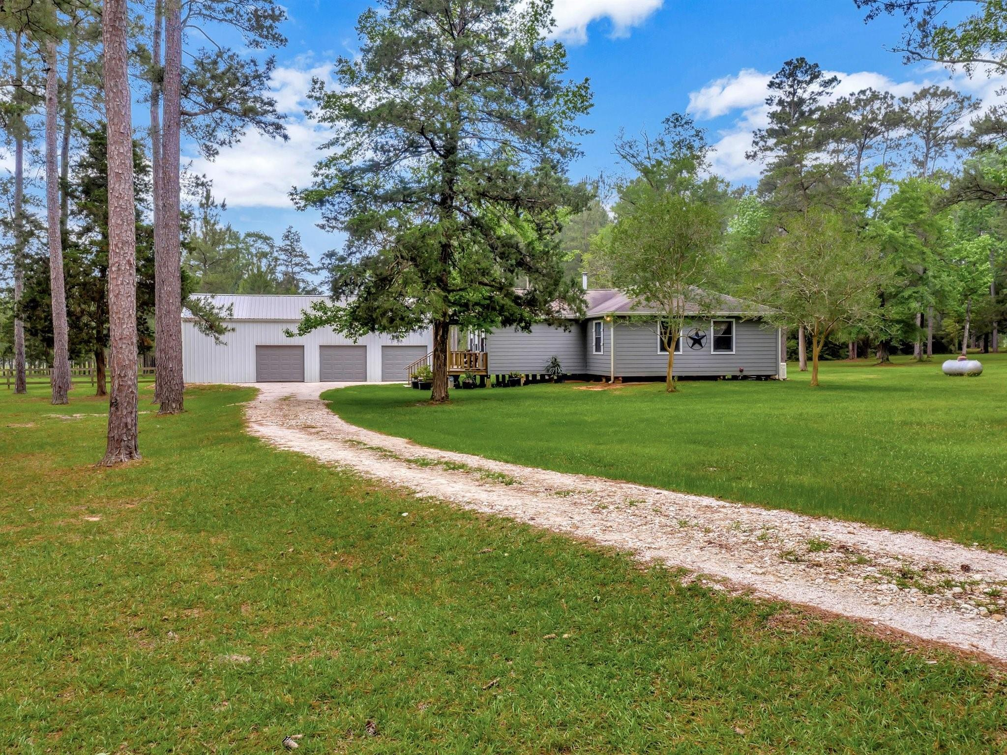 2645 County Road 2650 Property Photo
