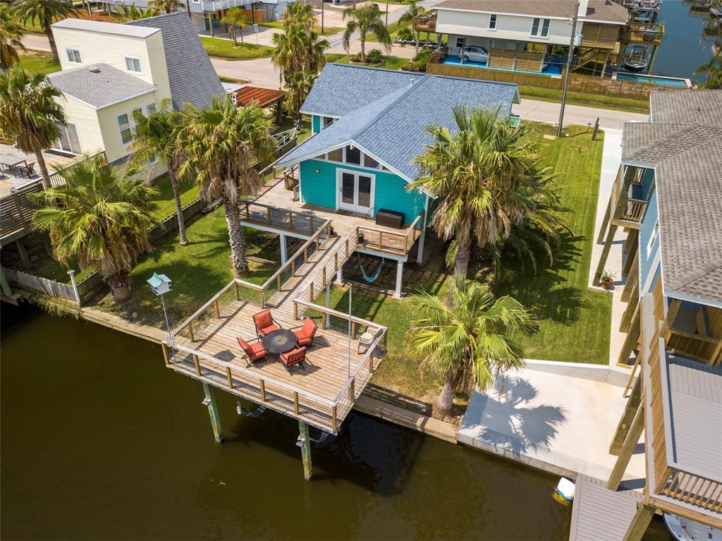 4630 Jamaica Cove Road Property Photo - Jamaica Beach, TX real estate listing