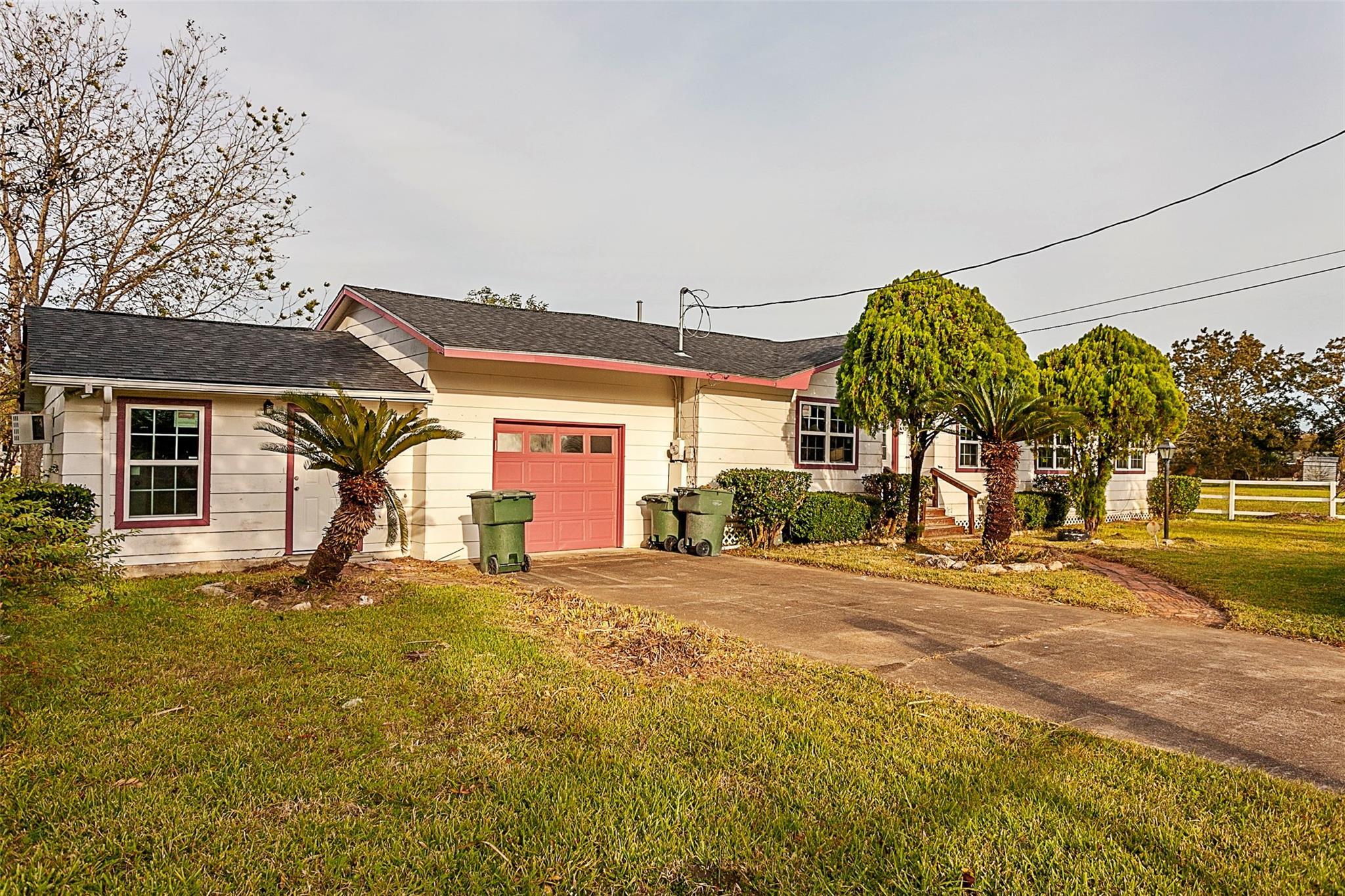 6210 Charles Avenue Property Photo