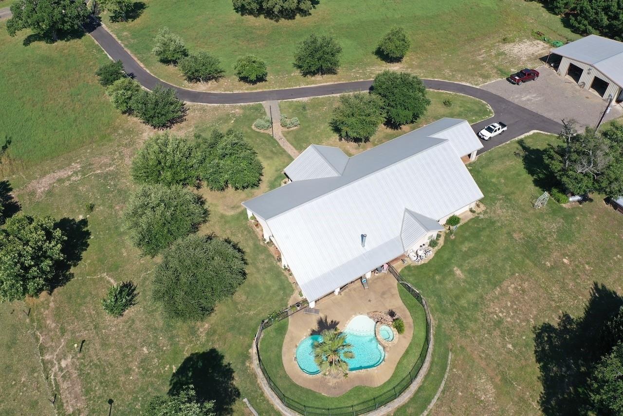 4243 Anderson County Road 403 Property Photo - Palestine, TX real estate listing