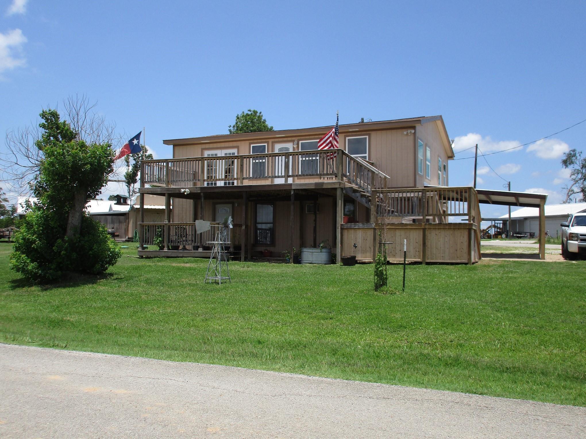 210 4th Avenue Property Photo 1