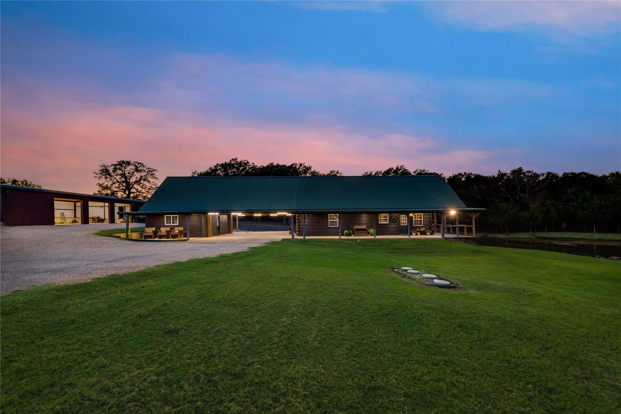 337 FCR 111 Property Photo - Fairfield, TX real estate listing