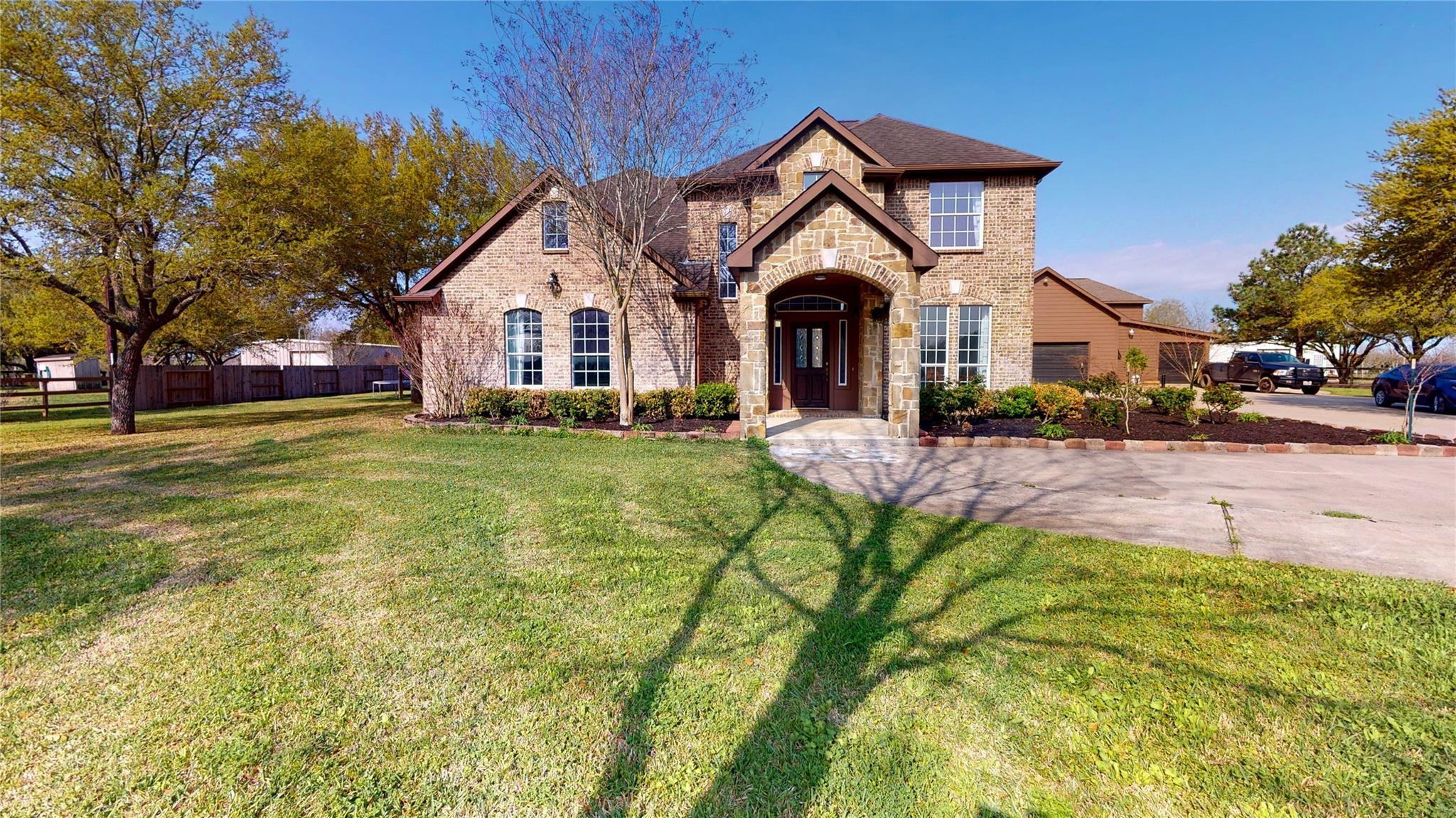10411 W Hidden Lake Lane Property Photo 1