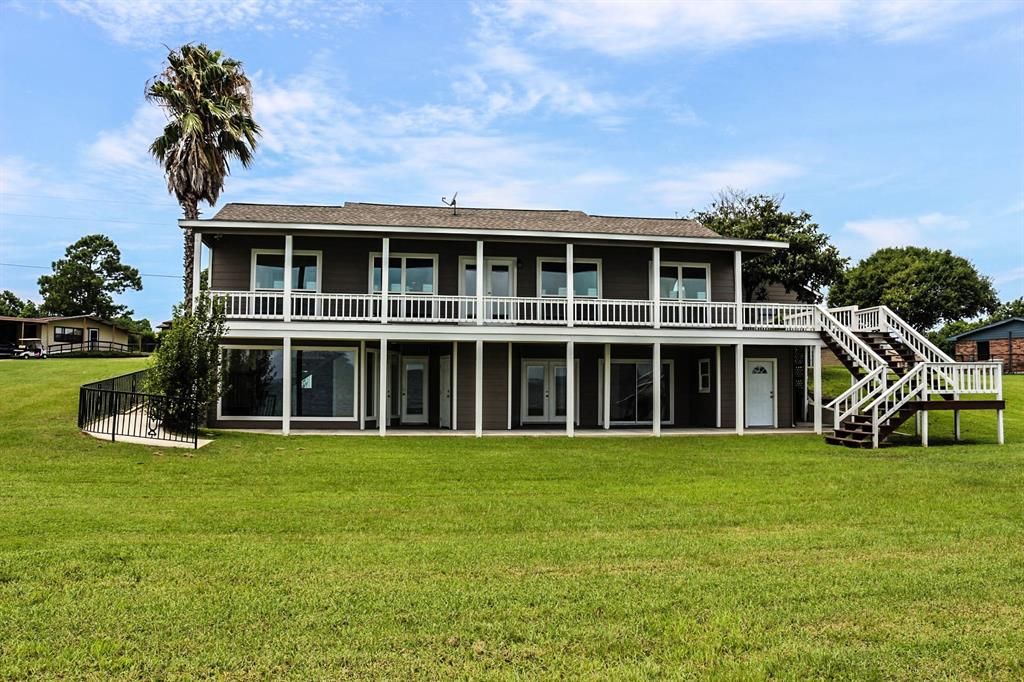221 Fishermans Bend Drive Property Photo - Point Blank, TX real estate listing