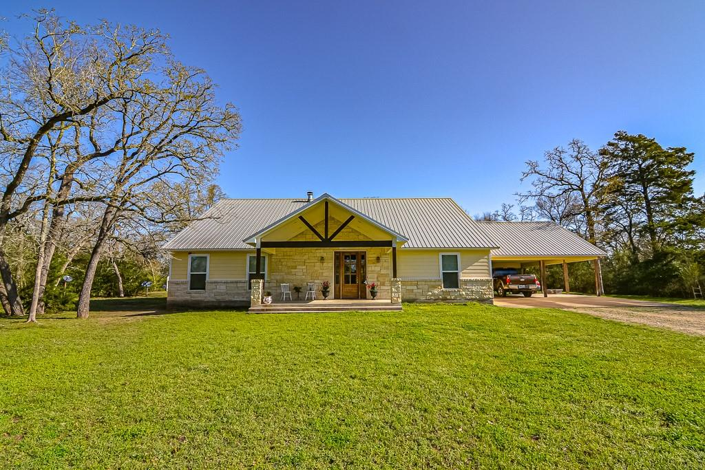 8952 Gibbons Creek Road Property Photo - Anderson, TX real estate listing