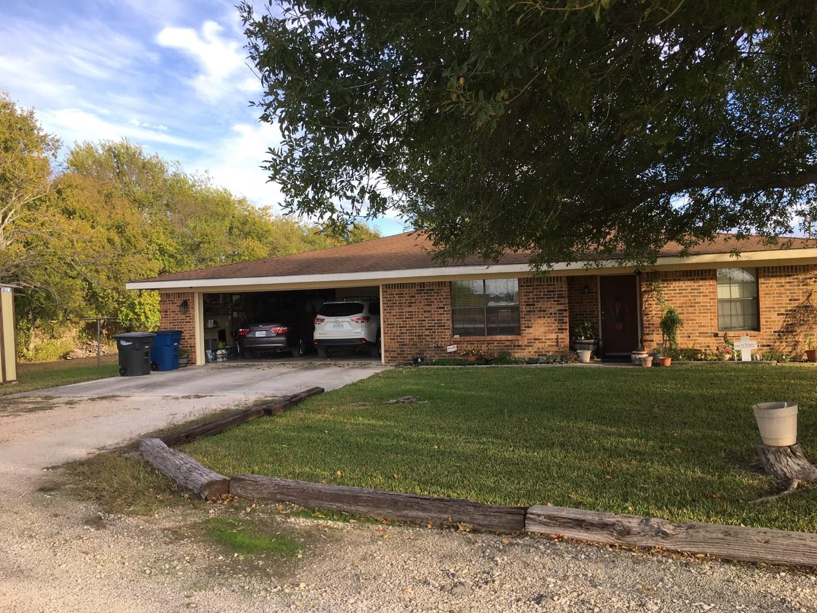 2911 Morningside Drive SW Property Photo - New Braunfels, TX real estate listing