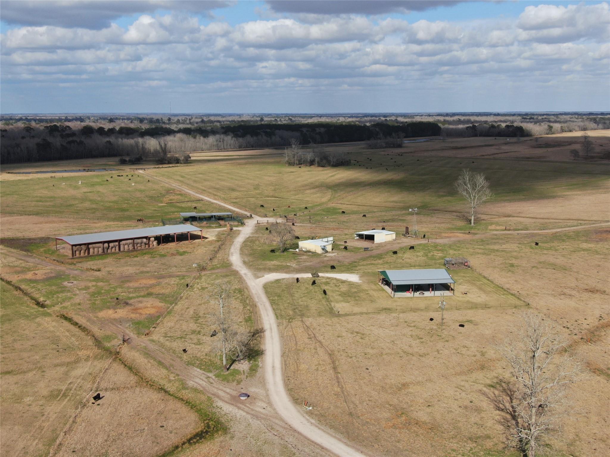 415 Pr 1332 C Property Photo - Liberty, TX real estate listing