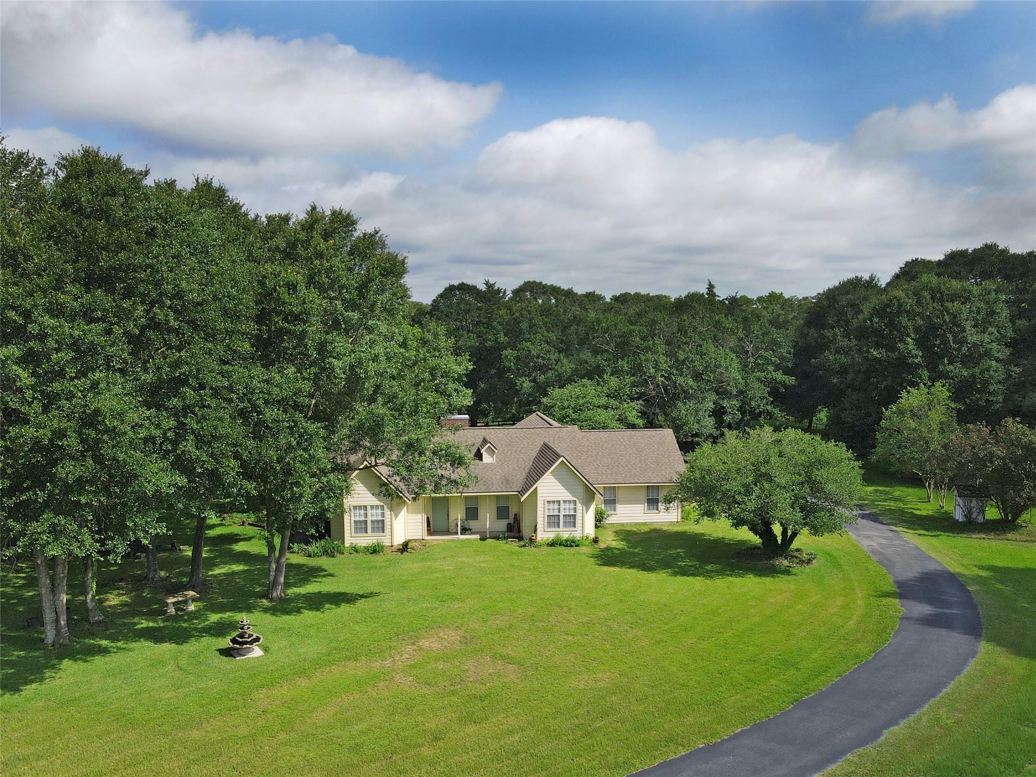251 Camilla Circle Property Photo 1
