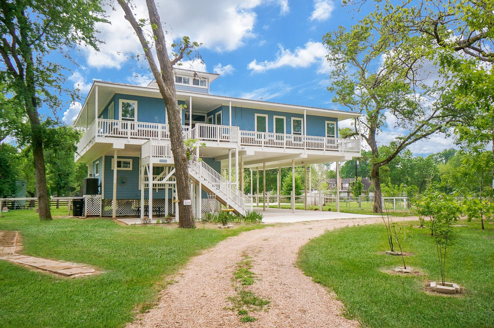 36711 Indian Road Property Photo