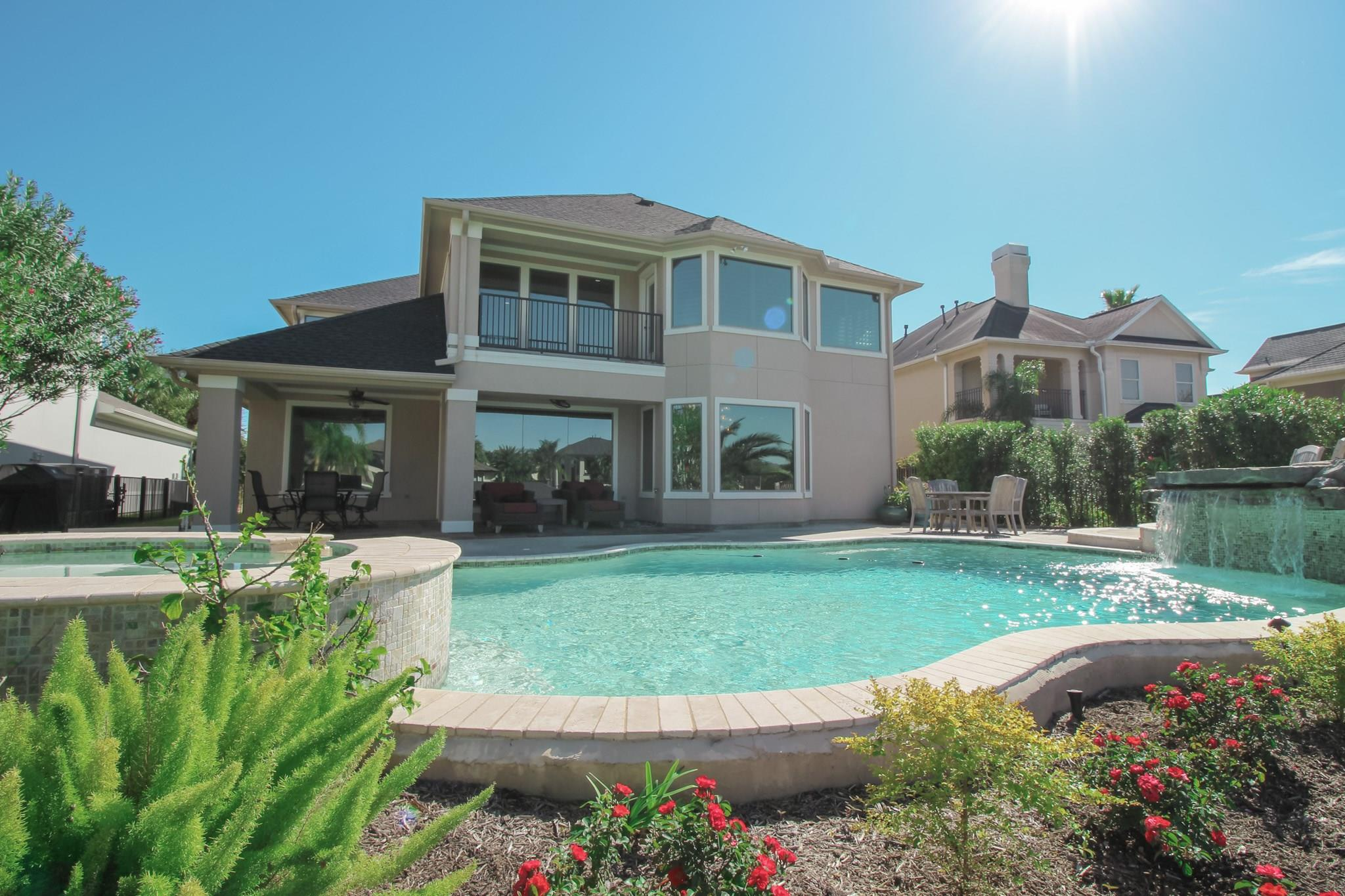 2925 Sea Channel Drive Property Photo - Seabrook, TX real estate listing