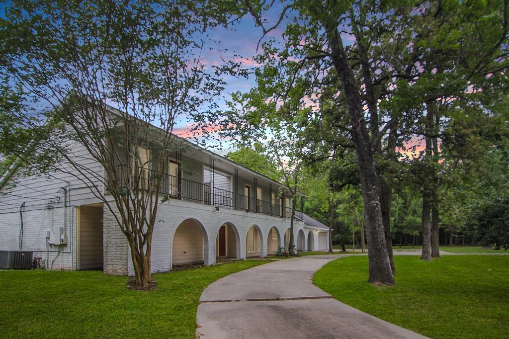 15192 Moonlight Trail Property Photo - Conroe, TX real estate listing