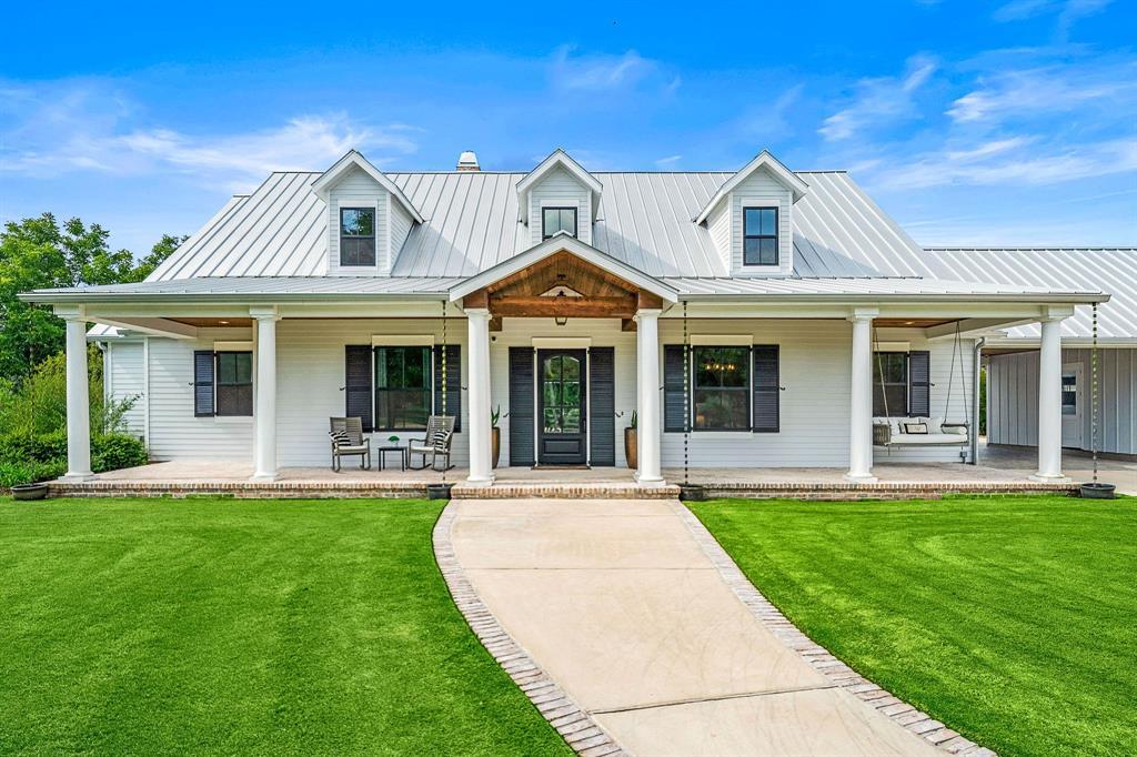 4719 Sugar Maple Court Property Photo - Fulshear, TX real estate listing